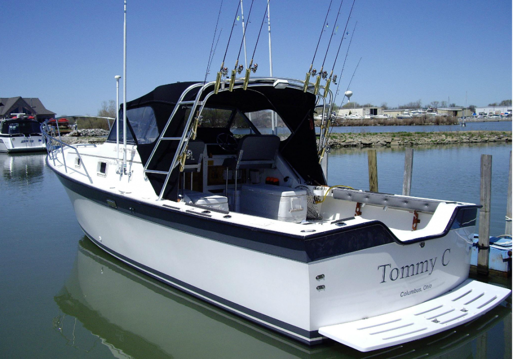 chartom-charters-tommy-boat